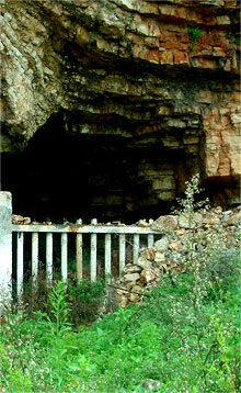 shpella-e-spilese-himara